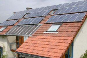 Neue Studie über kommunale Förderreglemente für Altbausanierung & erneuerbare Energien